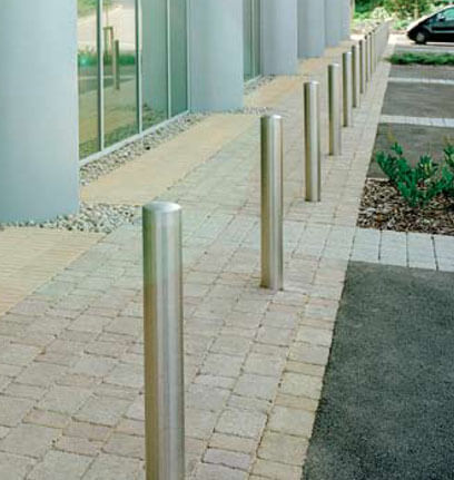 Retractable and Static Bollards
